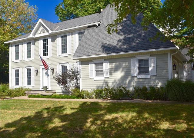 13604 W 50th Street, Shawnee, KS 66216 (#2134201) :: The Shannon Lyon Group - ReeceNichols