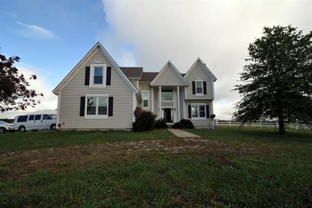 26560 W 207th Street, Spring Hill, KS 66083 (#2134247) :: Team Real Estate