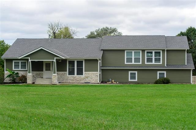 7725 Allman Road, Lenexa, KS 66217 (#2134280) :: The Shannon Lyon Group - ReeceNichols
