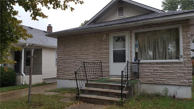 1231 E 22nd Avenue, North Kansas City, MO 64116 (#2134298) :: Edie Waters Network
