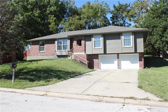 7112 Strupwood Court, Kansas City, MO 64133 (#2134405) :: No Borders Real Estate
