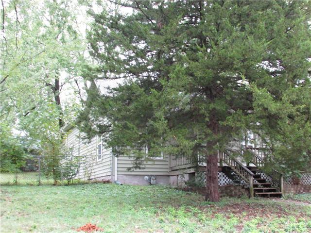 214 Sheidley Avenue, Bonner Springs, KS 66012 (#2134476) :: Team Real Estate