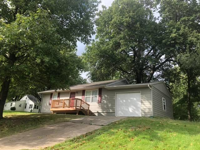 5936 Clevelnd Avenue, Kansas City, KS 66104 (#2134553) :: The Shannon Lyon Group - ReeceNichols