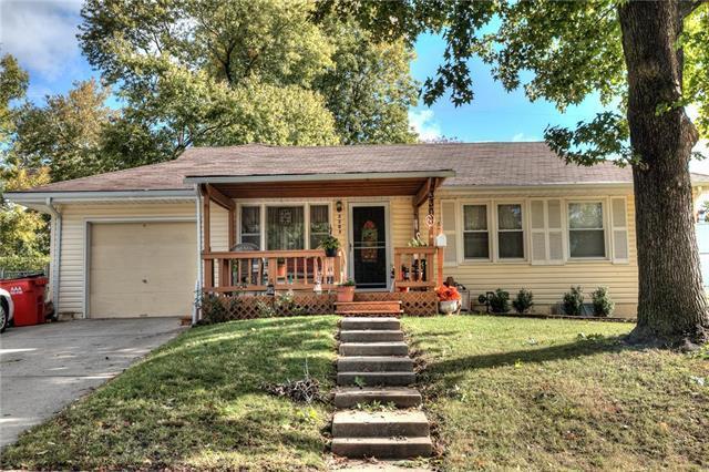 3303 N Osage Street, Independence, MO 64050 (#2134607) :: Edie Waters Network