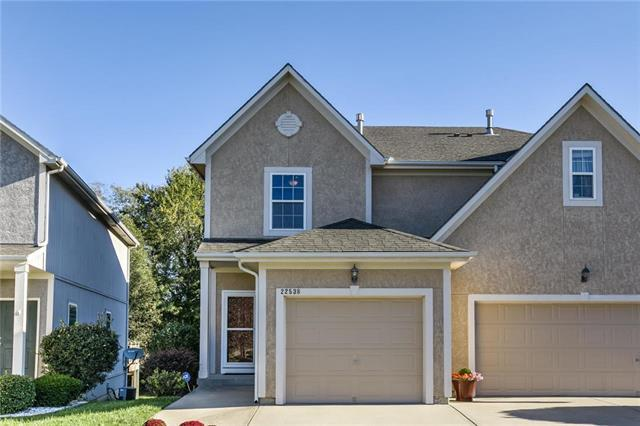22538 W 72nd Street, Shawnee, KS 66227 (#2134613) :: The Gunselman Team
