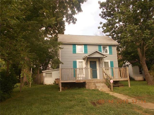 307 3rd Street, Belton, MO 64012 (#2134657) :: Edie Waters Network