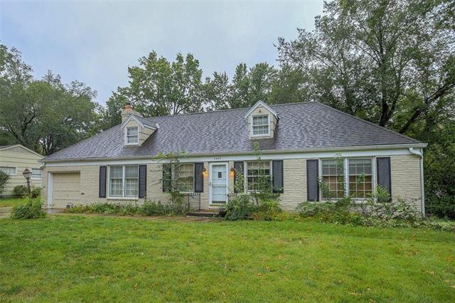 8428 Sagamore Road, Leawood, KS 66206 (#2134691) :: No Borders Real Estate