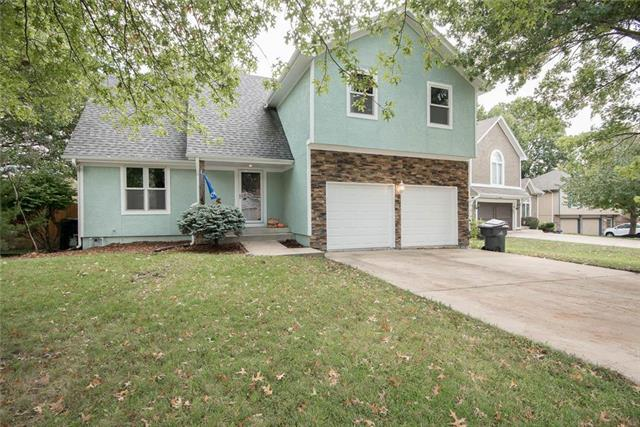 13107 S Arapaho Drive, Olathe, KS 66062 (#2134694) :: No Borders Real Estate