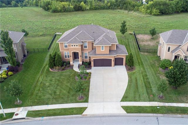 11613 W 154TH Street, Overland Park, KS 66221 (#2134698) :: No Borders Real Estate