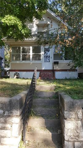 323 N Lawndale Avenue, Kansas City, MO 64123 (#2134704) :: Edie Waters Network