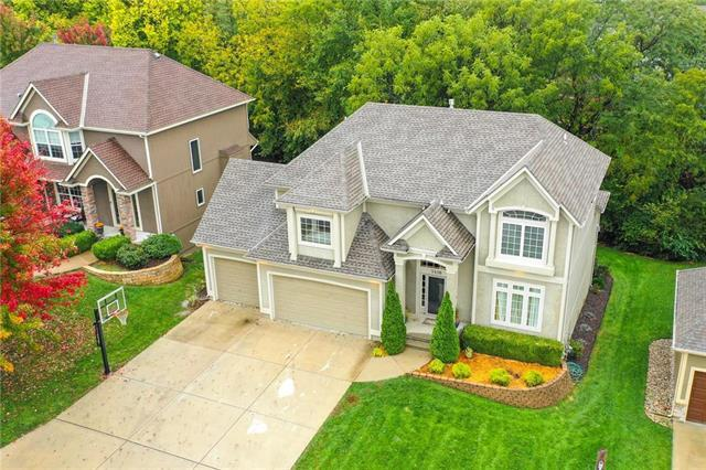 1416 NE Whitestone Drive, Lee's Summit, MO 64086 (#2134706) :: No Borders Real Estate