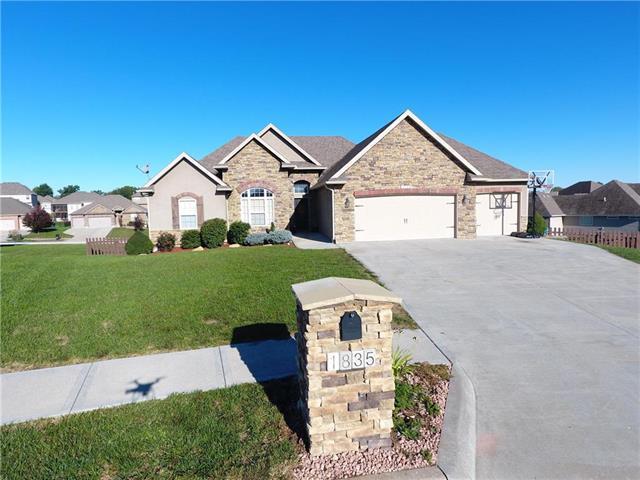 1835 Veterans Road, Warrensburg, MO 64093 (#2134709) :: No Borders Real Estate