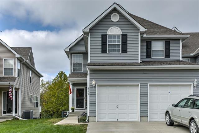 9864 N Lewis Avenue, Kansas City, MO 64157 (#2134720) :: No Borders Real Estate