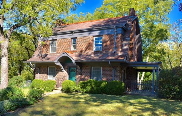 206 W Ruby Avenue, Independence, MO 64050 (#2134776) :: No Borders Real Estate