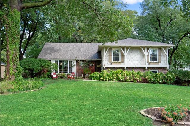 9117 Delmar Street, Prairie Village, KS 66207 (#2134879) :: No Borders Real Estate