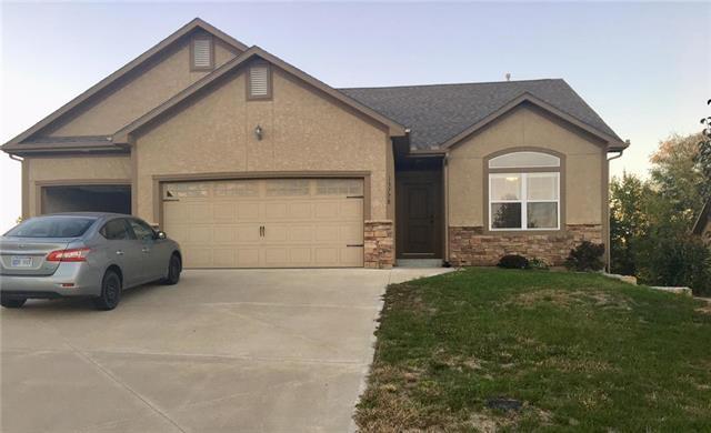 13778 Valleyview Way, Bonner Springs, KS 66012 (#2134979) :: Team Real Estate