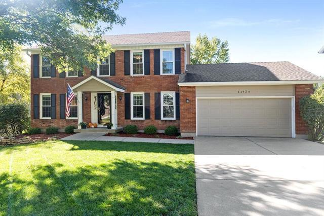 11424 S Hunter Drive, Olathe, KS 66061 (#2135066) :: Team Real Estate