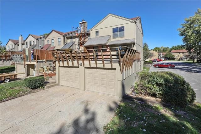14038 Dornoch Street, Grandview, MO 64030 (#2135101) :: No Borders Real Estate