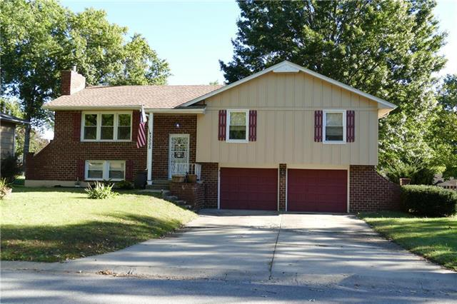 3005 S Ponca Drive, Independence, MO 64057 (#2135114) :: Team Real Estate
