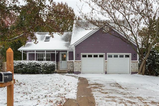 601 Woodson Lane, Greenwood, MO 64034 (#2135143) :: No Borders Real Estate