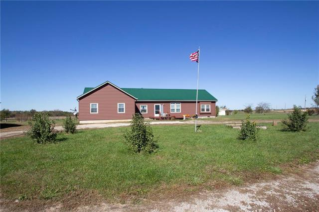 38268 Stateline Road, Lacygne, KS 66040 (#2135150) :: Kansas City Homes