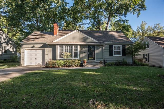 5200 W 72ND Street, Prairie Village, KS 66208 (#2135171) :: Team Real Estate