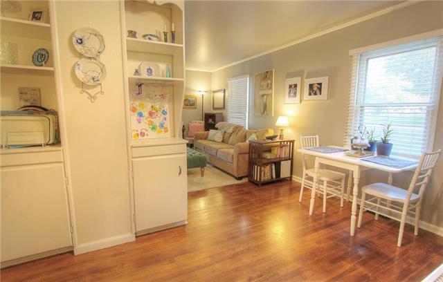 4724 Windsor Street, Roeland Park, KS 66205 (#2135181) :: Team Real Estate