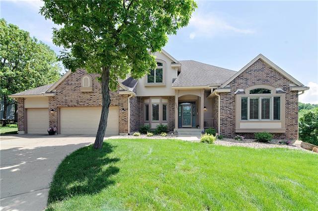 2445 W 160th Terrace, Stilwell, KS 66085 (#2135188) :: Team Real Estate