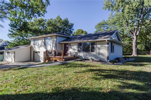 1912 High Drive, Liberty, MO 64068 (#2135193) :: Team Real Estate
