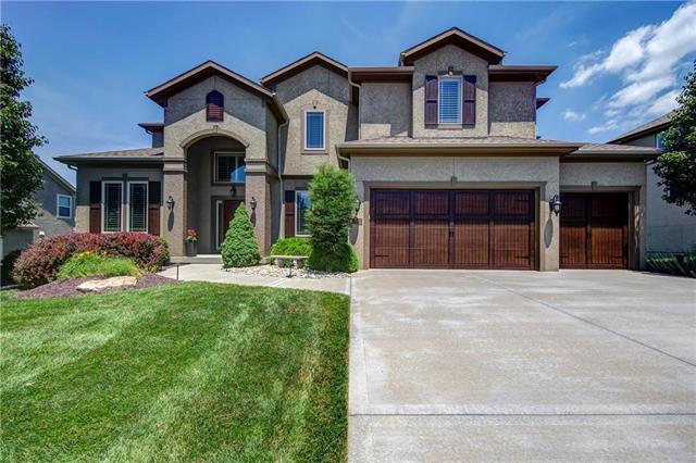 16813 Goddard Street, Overland Park, KS 66221 (#2135214) :: Team Real Estate