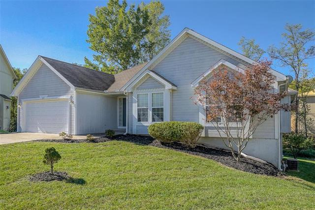 2411 NE 157th Terrace, Smithville, MO 64089 (#2135314) :: No Borders Real Estate