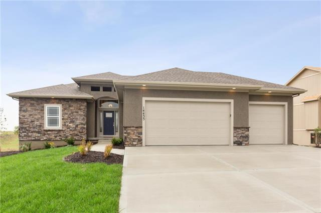 7345 NW Clore Drive, Parkville, MO 64152 (#2135357) :: No Borders Real Estate