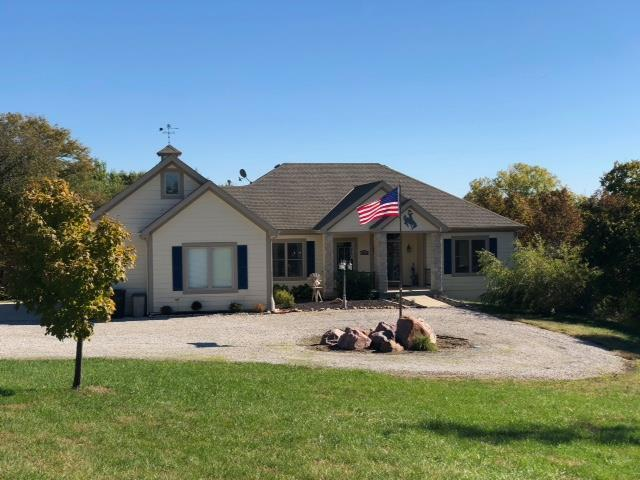 32810 8 Mile Farm Lane, Easton, KS 66020 (#2135365) :: NestWork Homes