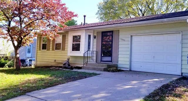 17805 Aqueduct Drive, Independence, MO 64057 (#2135370) :: NestWork Homes