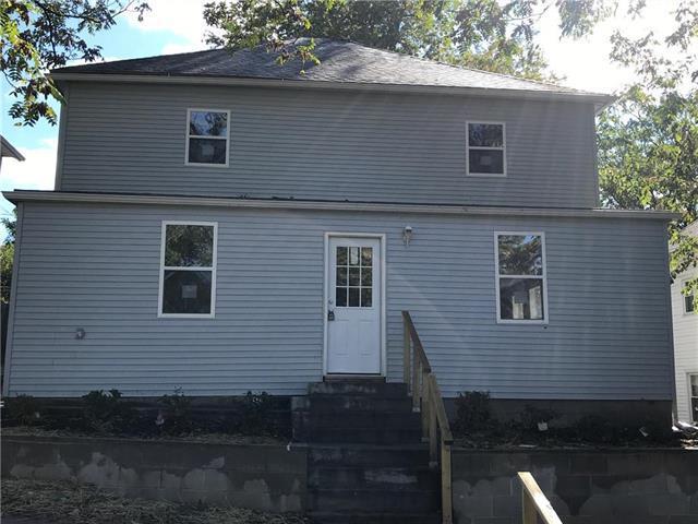 2906 Seneca Street, St Joseph, MO 64507 (#2135371) :: NestWork Homes