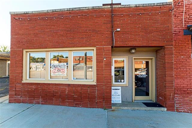 207 E Main Street, Gardner, KS 66030 (#2135409) :: Edie Waters Network