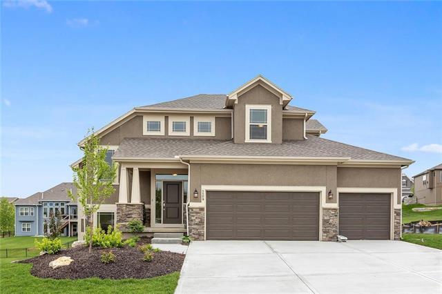 8401 Laramie Street, Desoto, KS 66018 (#2135439) :: No Borders Real Estate