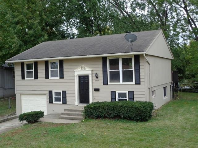 18901 E Susquehanna N/A, Independence, MO 64056 (#2135463) :: Edie Waters Network