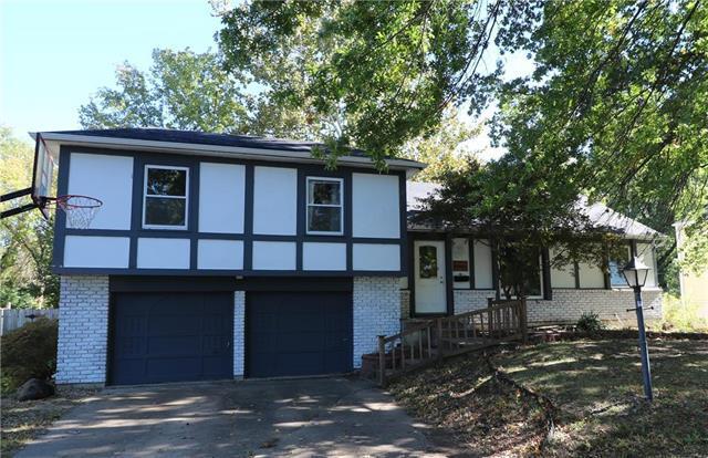 11025 Harrison Street, Kansas City, MO 64131 (#2135534) :: Team Real Estate