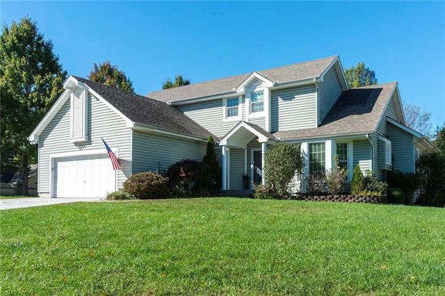 3705 SW 22nd Street, Blue Springs, MO 64015 (#2135546) :: Team Real Estate