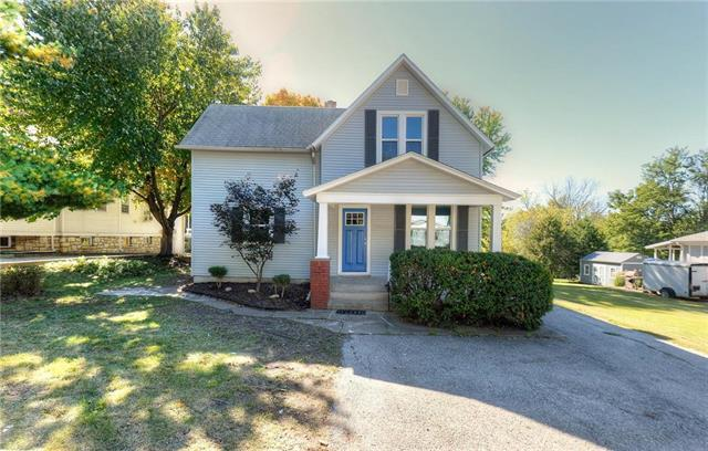 1603 W Short Avenue, Independence, MO 64050 (#2135561) :: Edie Waters Network