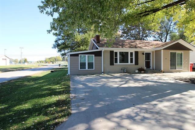 321 Prairie Street, Buckner, MO 64016 (#2135747) :: Edie Waters Network