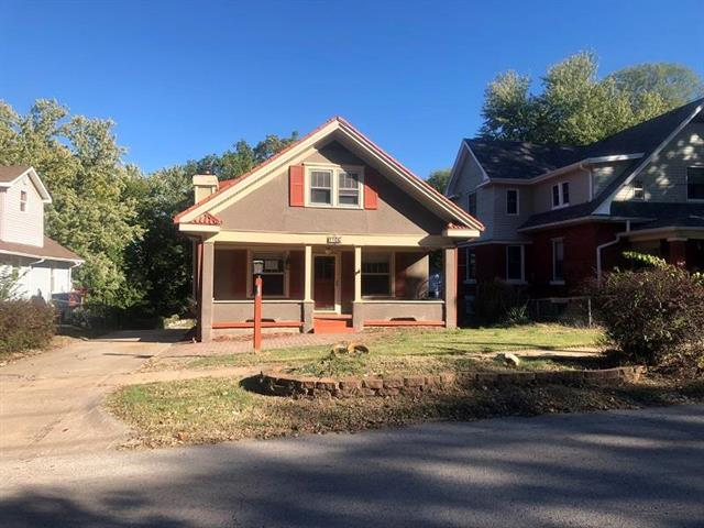 1108 W Waldo Avenue, Independence, MO 64050 (#2135778) :: Edie Waters Network