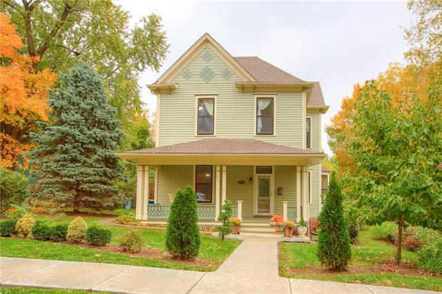431 E Mississippi Street, Liberty, MO 64068 (#2135805) :: Edie Waters Network