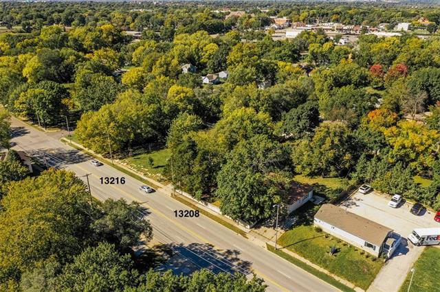 13216 W 95 Street, Lenexa, KS 66215 (#2136002) :: No Borders Real Estate