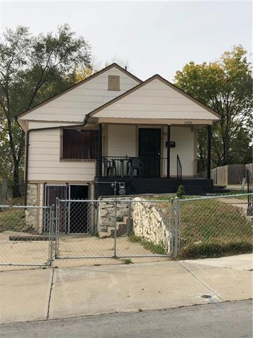4416 Agnes Avenue, Kansas City, MO 64130 (#2136105) :: Edie Waters Network