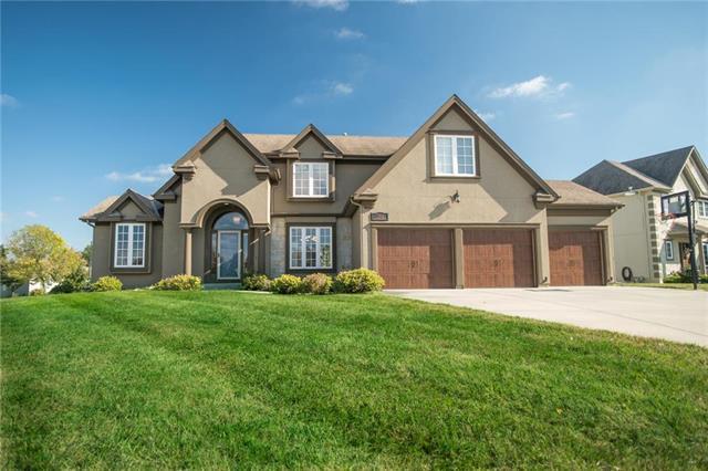 7823 N Hull Avenue, Kansas City, MO 64151 (#2136130) :: No Borders Real Estate