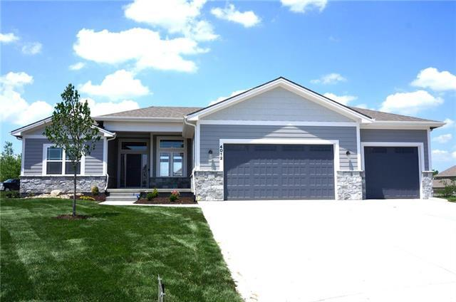 4012 SW Meritage Lane, Lee's Summit, MO 64082 (#2136161) :: House of Couse Group