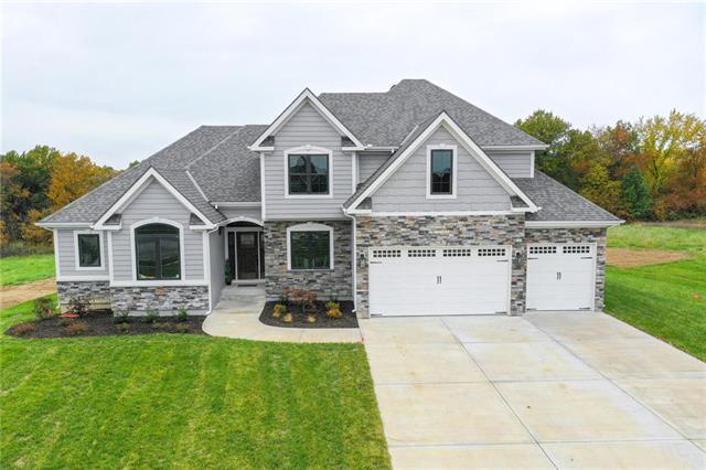 13210 Oakbrook Court, Kearney, MO 64060 (#2136300) :: The Gunselman Team