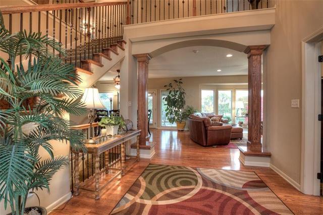8617 NE 91st Terrace, Kansas City, MO 64157 (#2136451) :: No Borders Real Estate